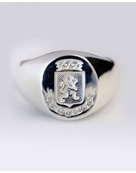 date de sortie: e4ee4 7c2e2 Chevalière Homme Lion en Or blanc 18k avec 0.16 carats diamants