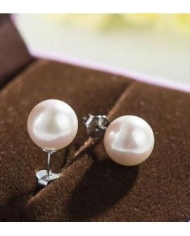 Boucles d'oreilles puces perle de culture ronde blanche
