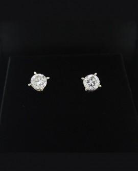 Boucles d'oreilles puces en platine  diamants de 0,50 carats