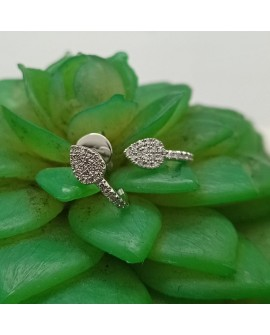 Boucles d'oreilles puces modèle Nebla  Or Blanc 750°/°° Diamants : 0.10 Carats qualité Dvvs