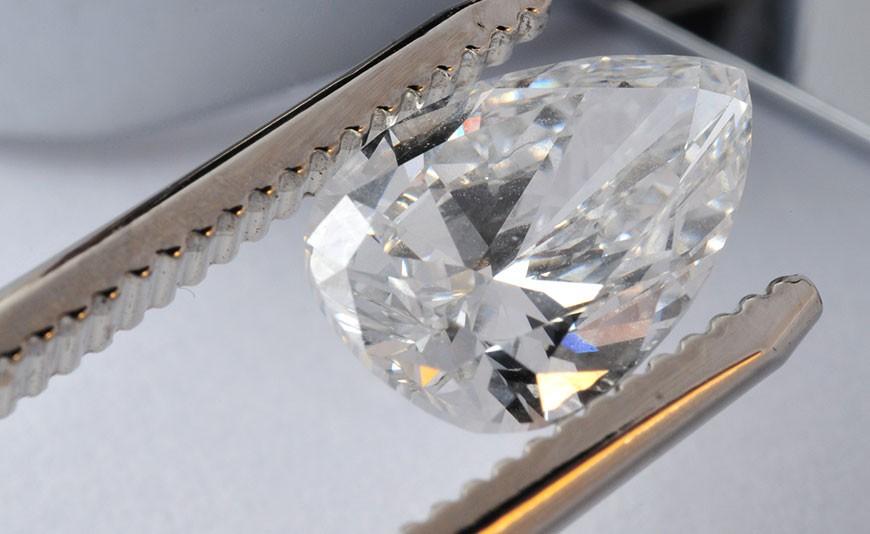 Achat et vente de diamants à paris 9ème